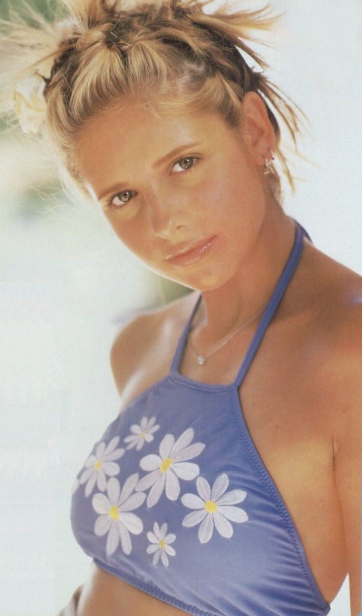 Photo of Image result for sarah michelle gellar 90s