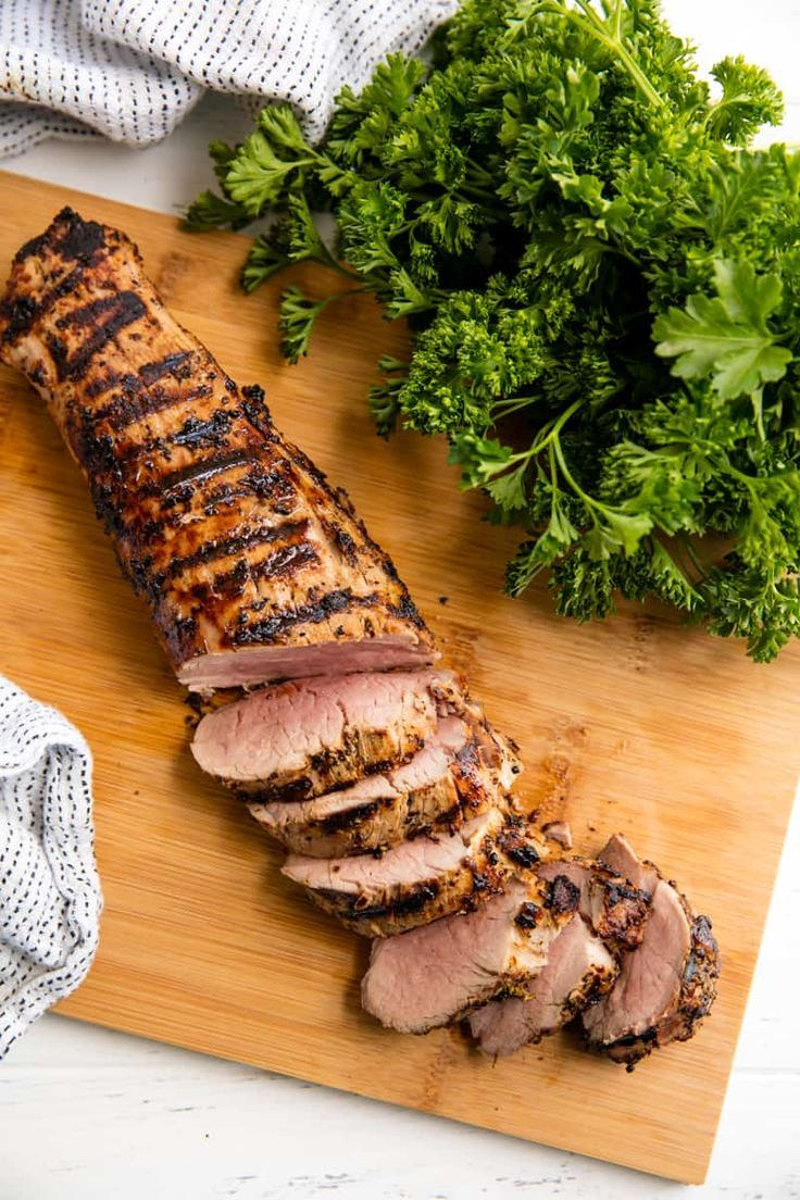 Perfectly Juicy Grilled Pork Tenderloin #grillingrecipes