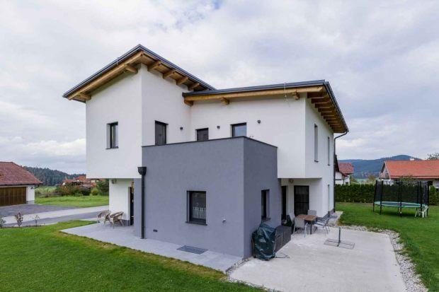bildresultat f r haus weiss grau house pinterest weiss grau und h uschen. Black Bedroom Furniture Sets. Home Design Ideas