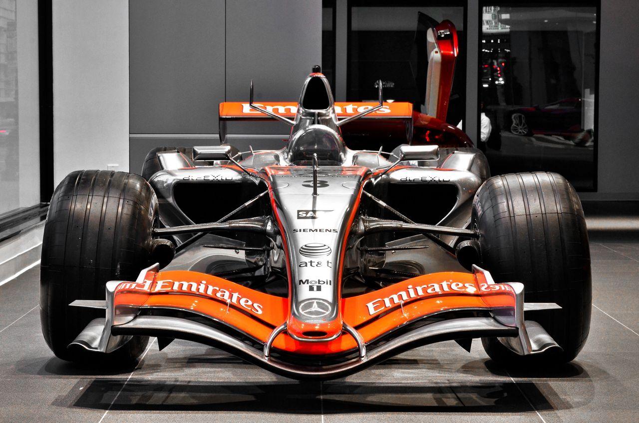Every McLaren dealership gets a Formula One car to show