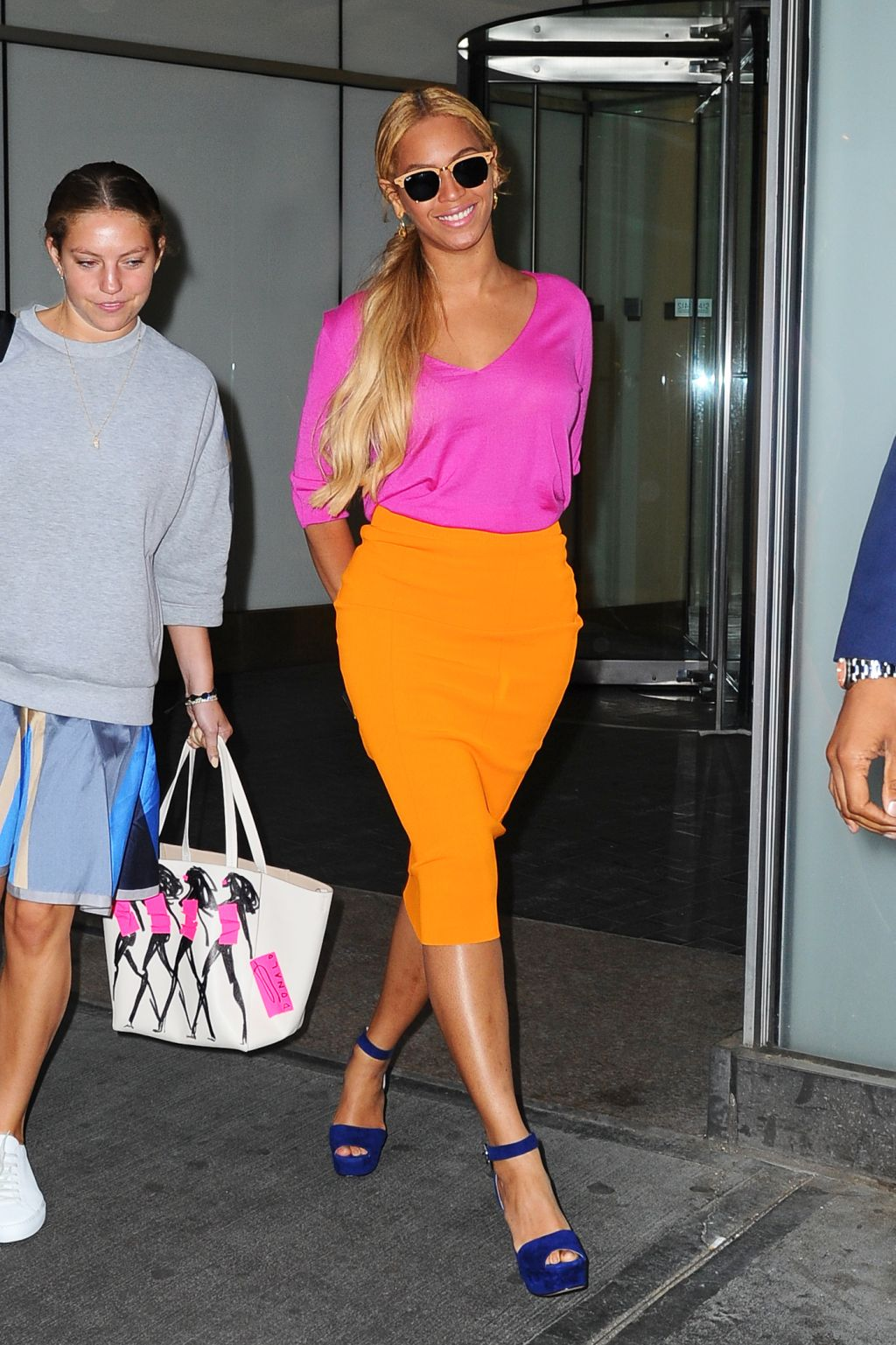 Beyonce rocking orange skirt and pink shirt in New York | Red ...