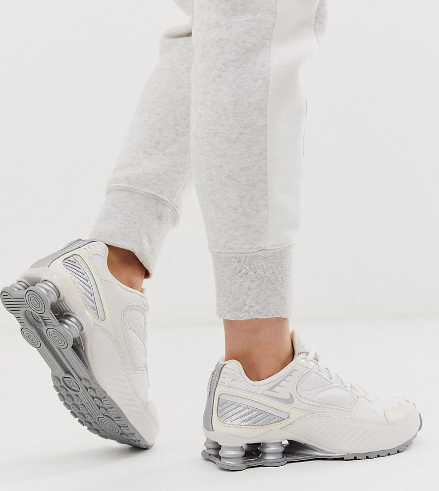 Shox Enigma 9000 Women's Shoe In White | Nike, Nike shox ...