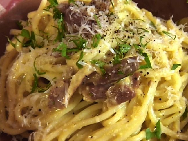spaghetti alla carbonara | recipe | tyler florence, florence and