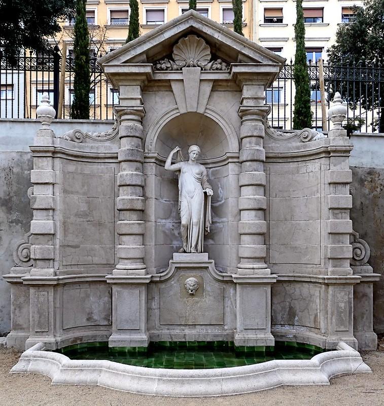 Barcelona Avinguda Mare De Déu De Montserrat 114 C Baroque Architecture Art Nouveau Architecture Art Deco Sculpture
