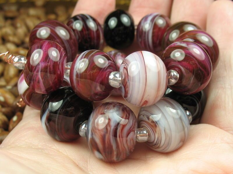 Into the Fire Lampwork Art Beads ~Canneberge~ Stained glass lampwork beads SRA #Lampwork