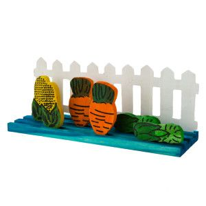 National Geographic Small Animal Picket Fence Garden Chew Toys