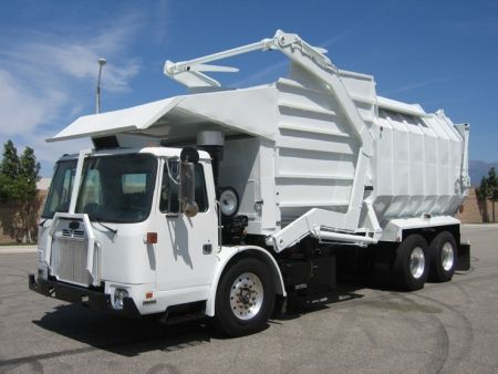 2005 Autocar Wxll64 Xpeditor With Amrep Front Loader Refuse Truck Cummins Isl 310hp Engine Allison 4000rds Automatic Am Trucks Trucks For Sale Garbage Truck