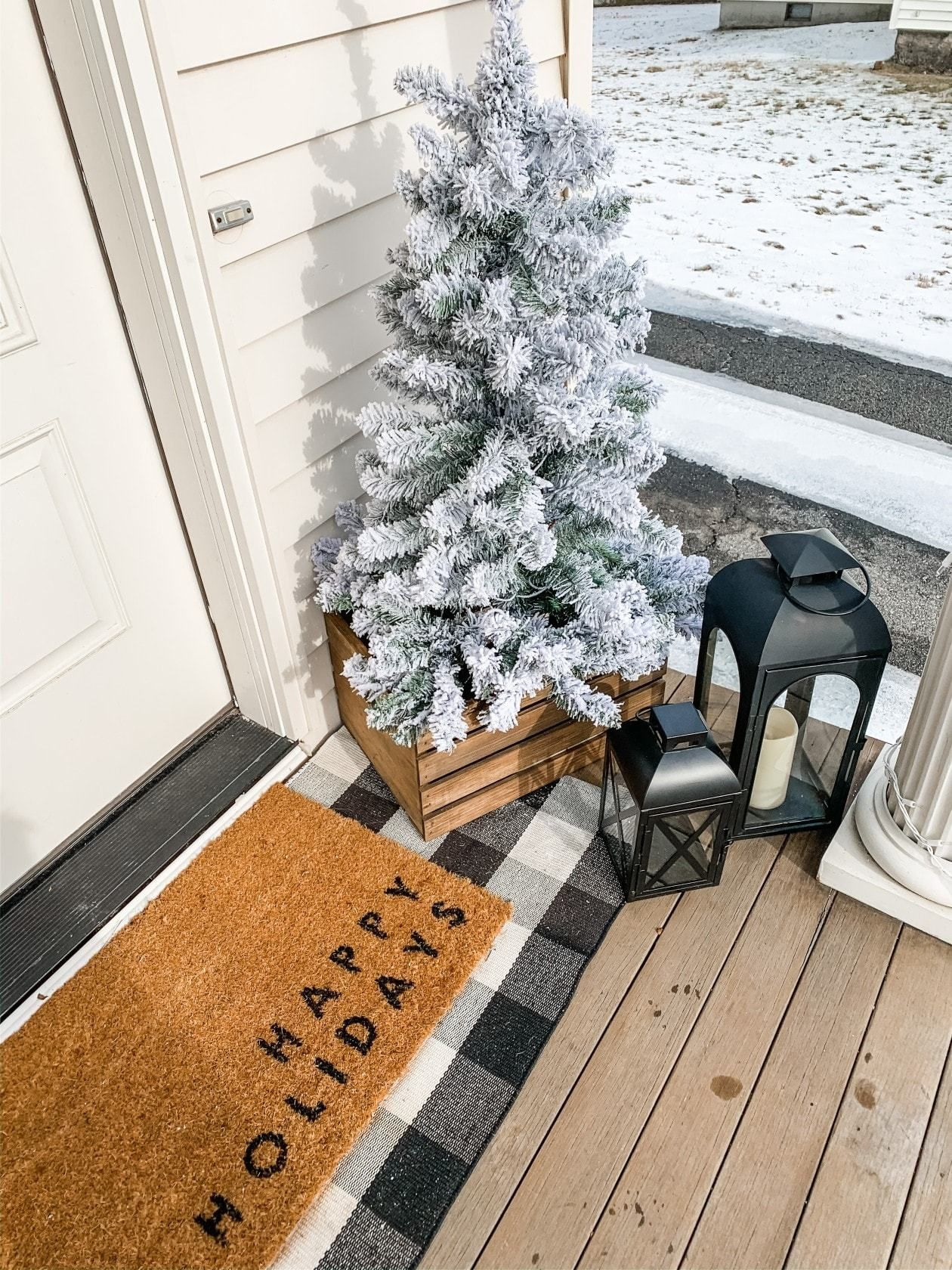 Winter Front Porch Decor that is Simple and Festive