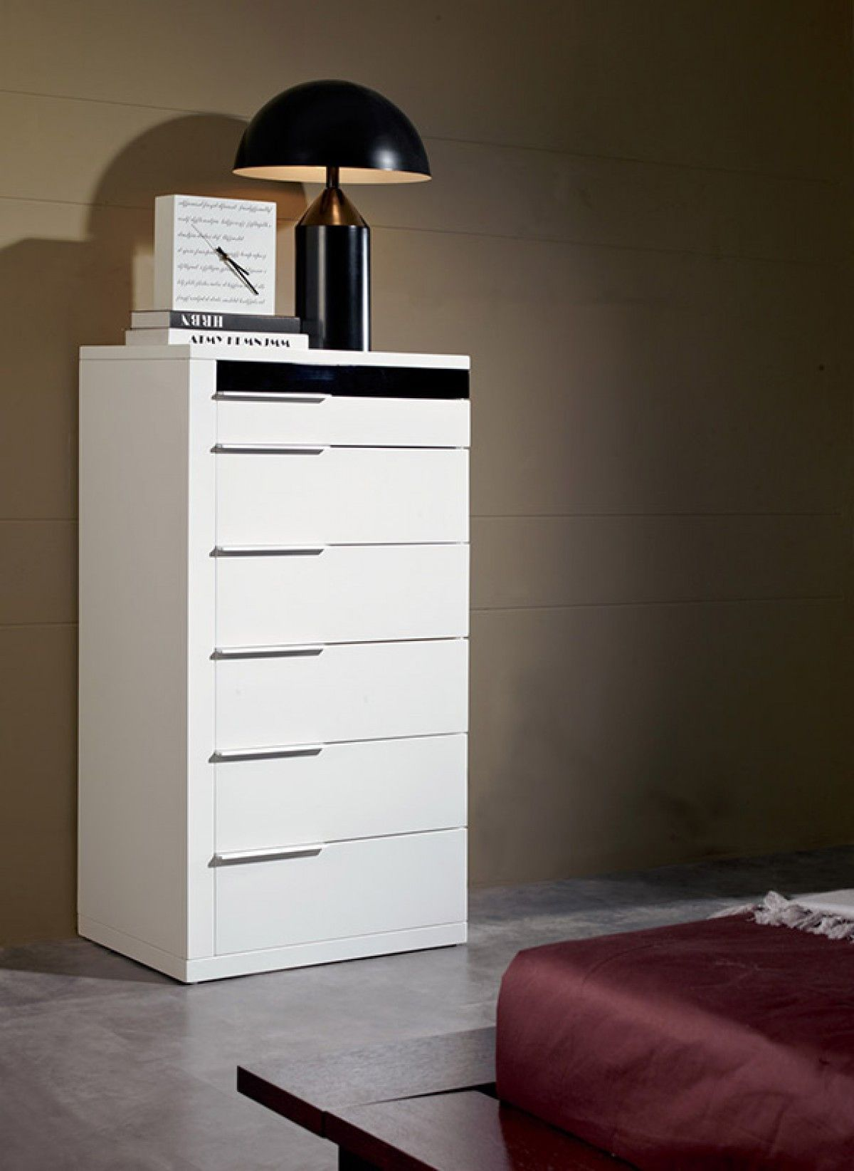 Modrest Impera White Lacquer Bedroom Chest VGWCIMPERA