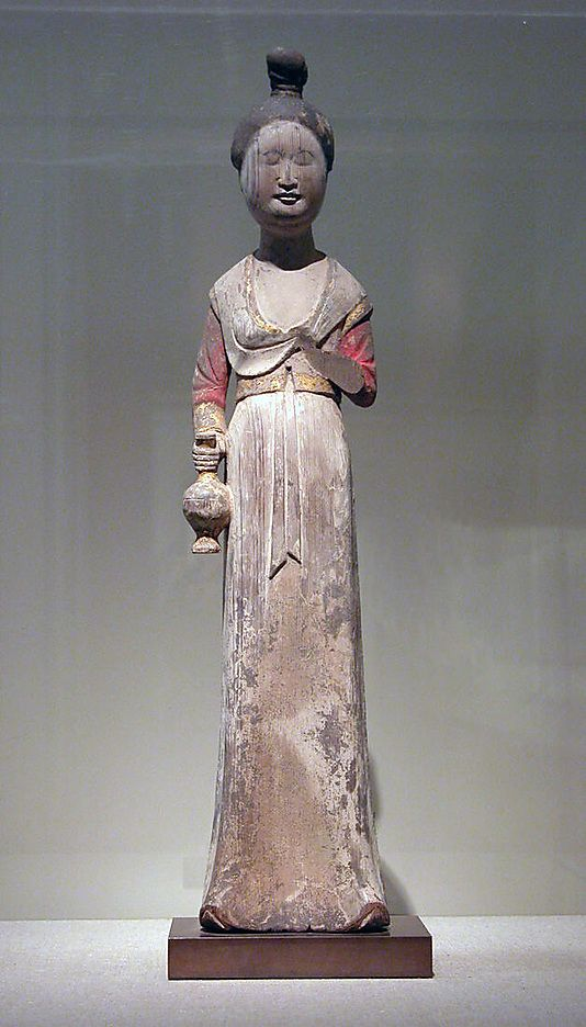 Standing female attendant, Tang dynasty (618–907), late 7th–early 8th century, China