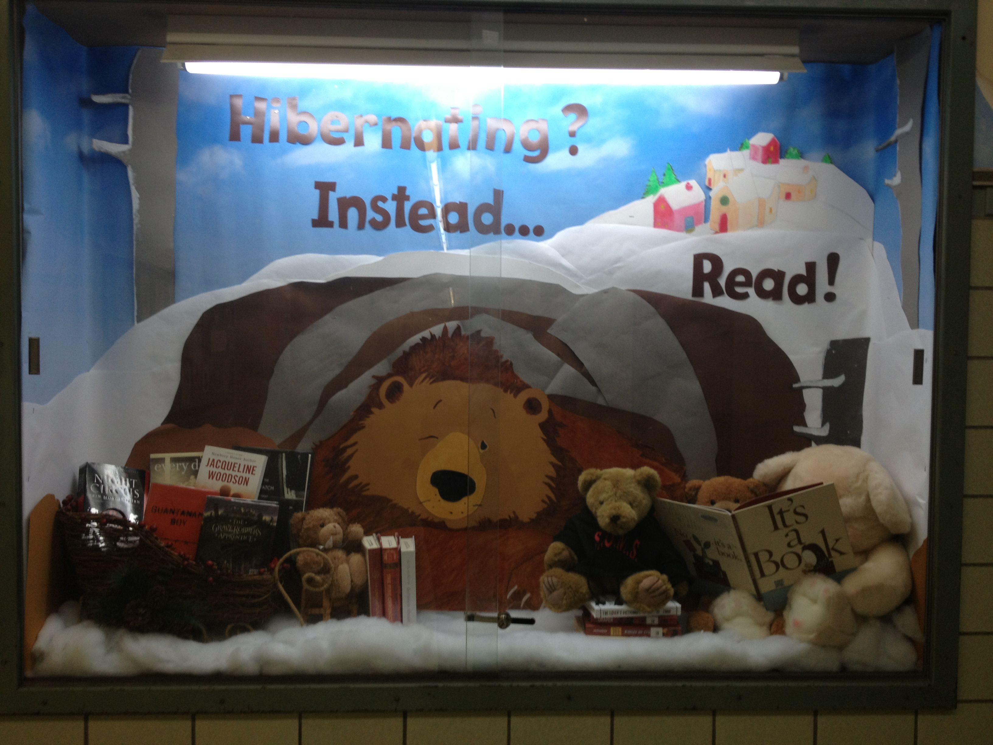 Schaufensterdeko Winter My Amazing Library Aide Ms. Mitchell Made This Display For
