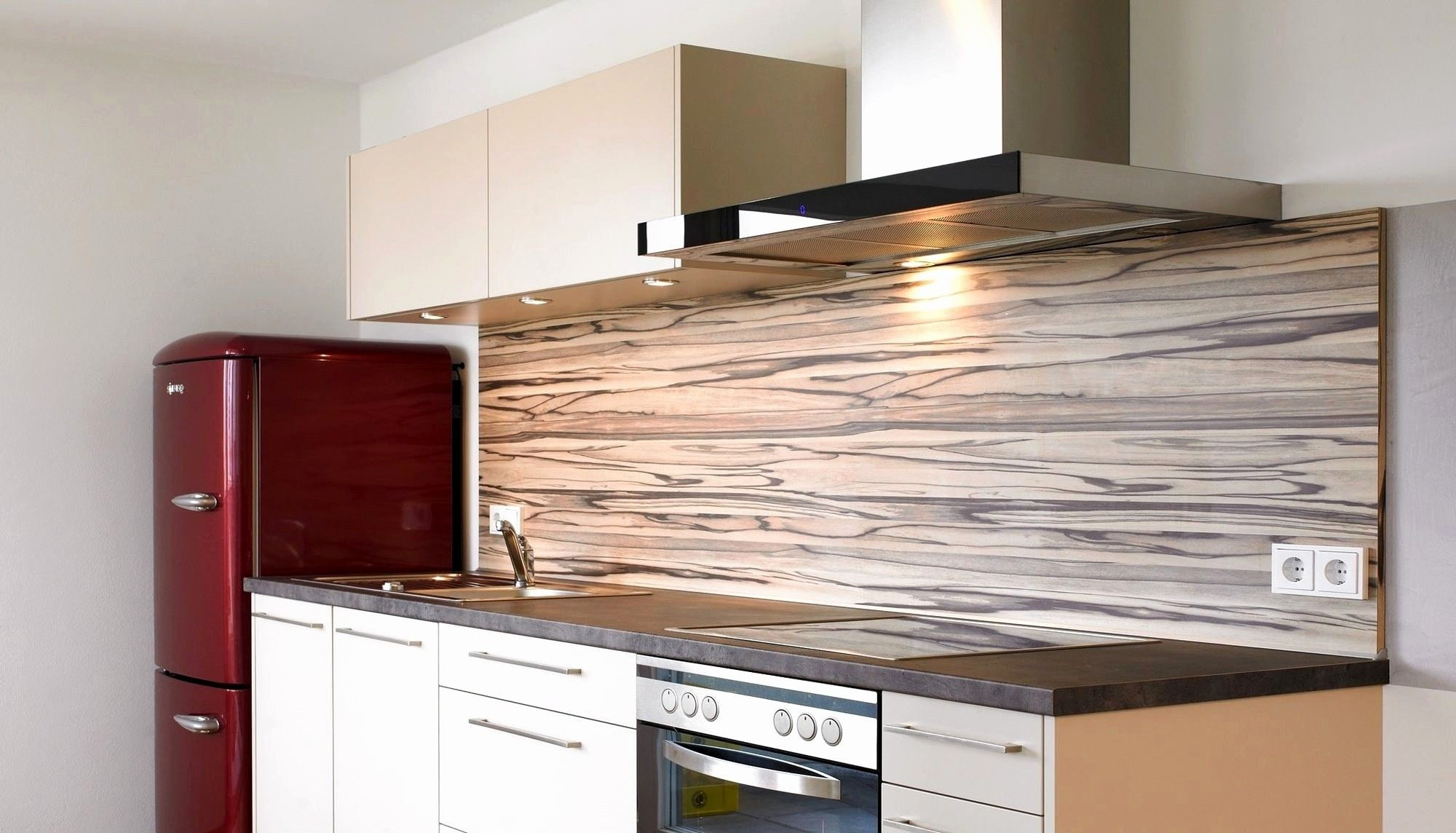 29 Elegant Kuchenschrank Rot Kitchen Kitchen Cabinets Kitchen Countertops