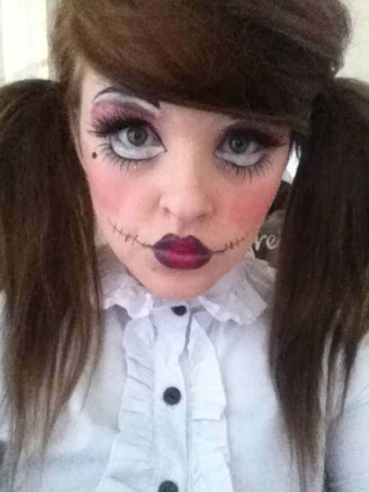 Get A Creepy Look With Halloween Doll Makeup Dress Up Halloween