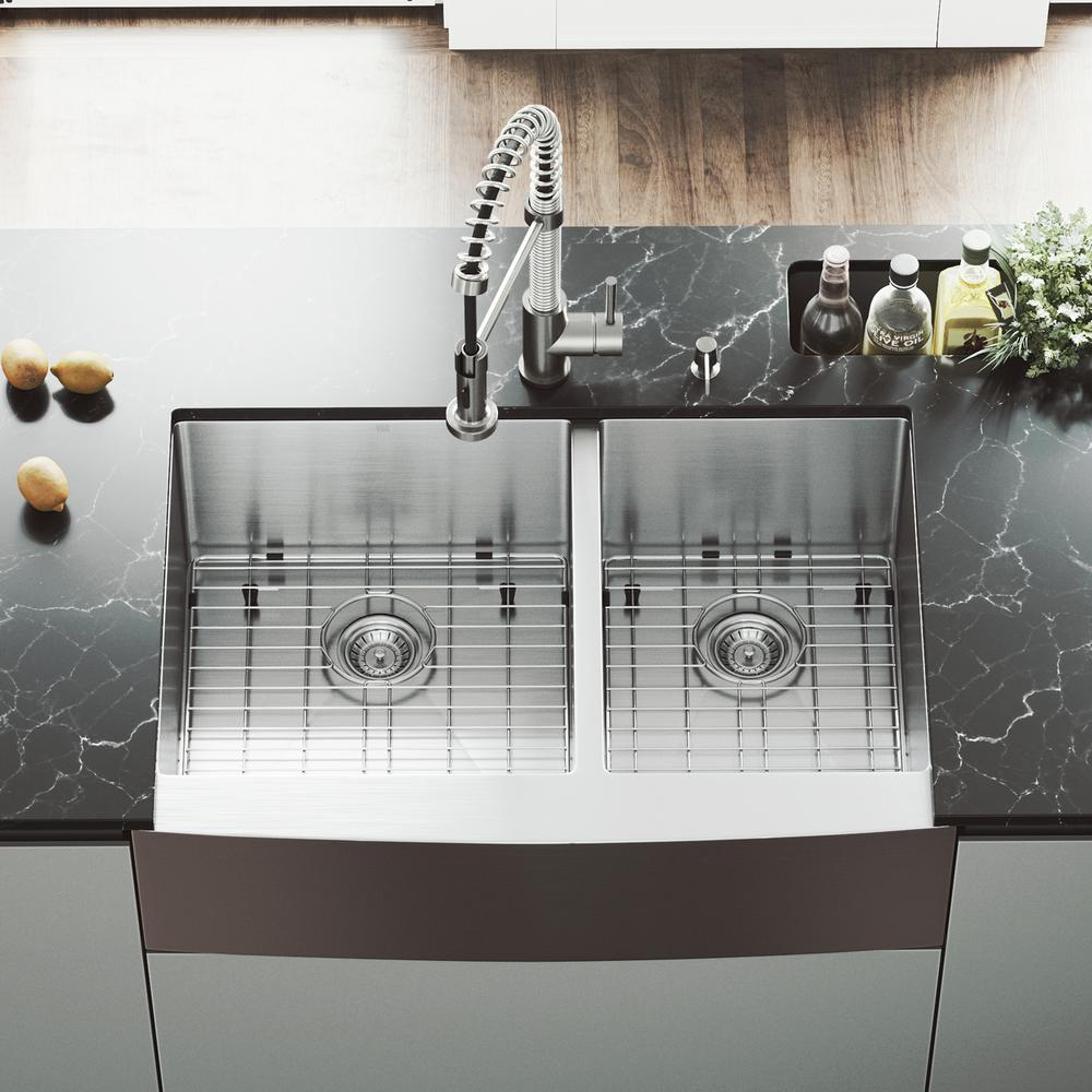 Vigo All In One 33 In Stainless Steel 60 40 Double Bowl Undermount Kitchen Sink With Pull Down Faucet In Stainless Steel Vg15100 The Home Depot Farmhouse Sink Kitchen Farmhouse Apron Kitchen Sinks Apron