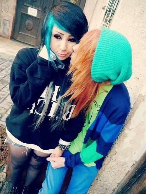 Lesbians emo