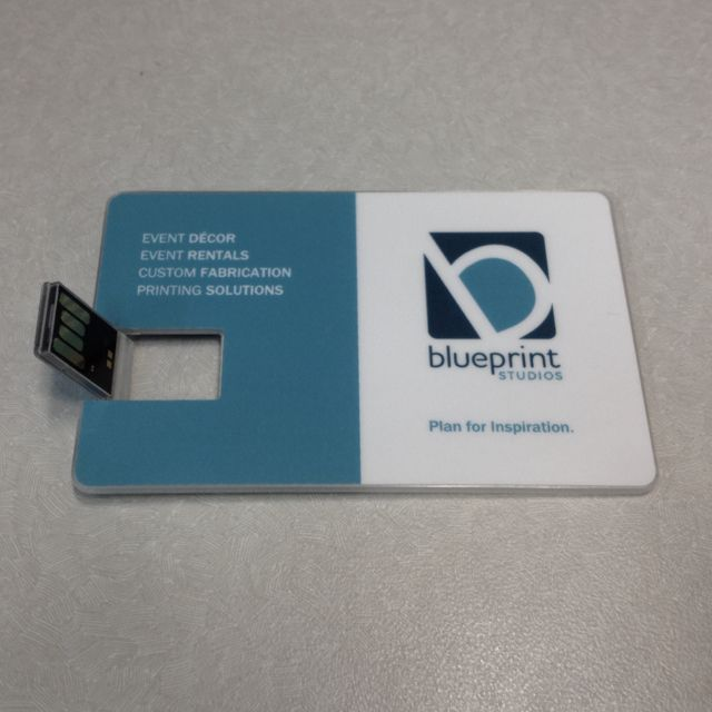 Pin By Nicole Guerrero Benitez On Portfolios Business Card Design Usb Business Cards Printing Solution
