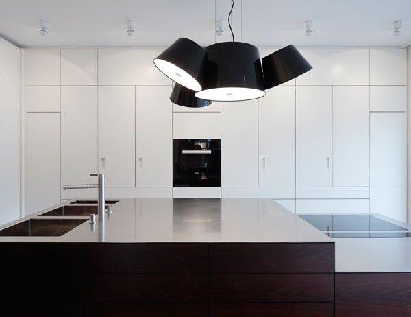 raumkontor #innenarchitektur #düsseldorf #design #innenausbau - küche in weiß