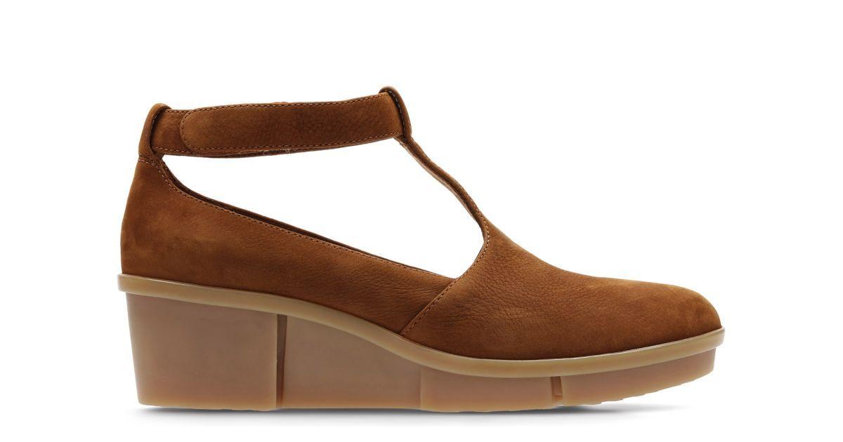 Tan ClarksFootwearShoes Pola NubuckClarks Sophia Accessories BoedxrCW