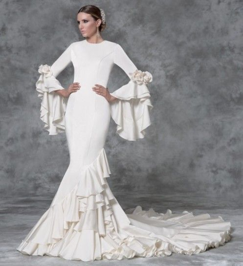 Moda flamenca para novias por Vicky Martín Berrocal | Web de la ...