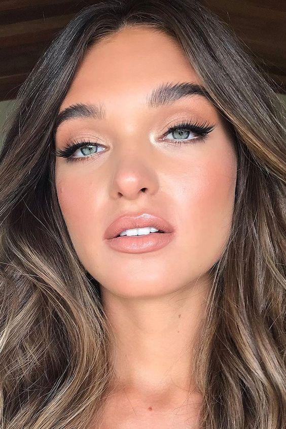 El fino arte del maquillaje …  – Maquillaje