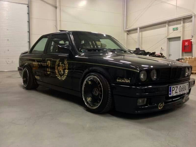 Bmw E30 3 Series Black On Bbs Rims Bmw Ultimate Driving Machine
