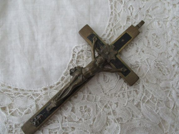 Antique crucifix 1900 by Nkempantiques on Etsy