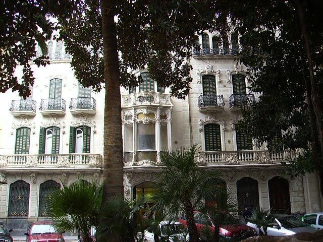 Casa Maestre ( Ejemplo del Modernismo de la Ciudad de