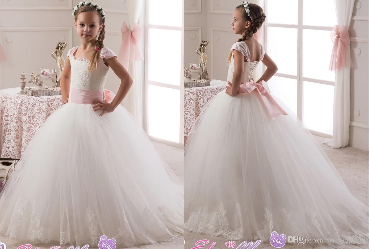 Girls wedding dress   Lace Portrait Tulle Ball Gown Flower Girl Dresses Vintage Child