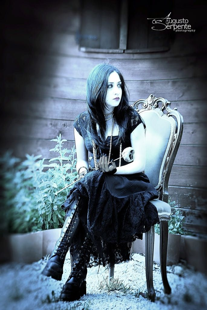 Gothic by Augusto Serpente