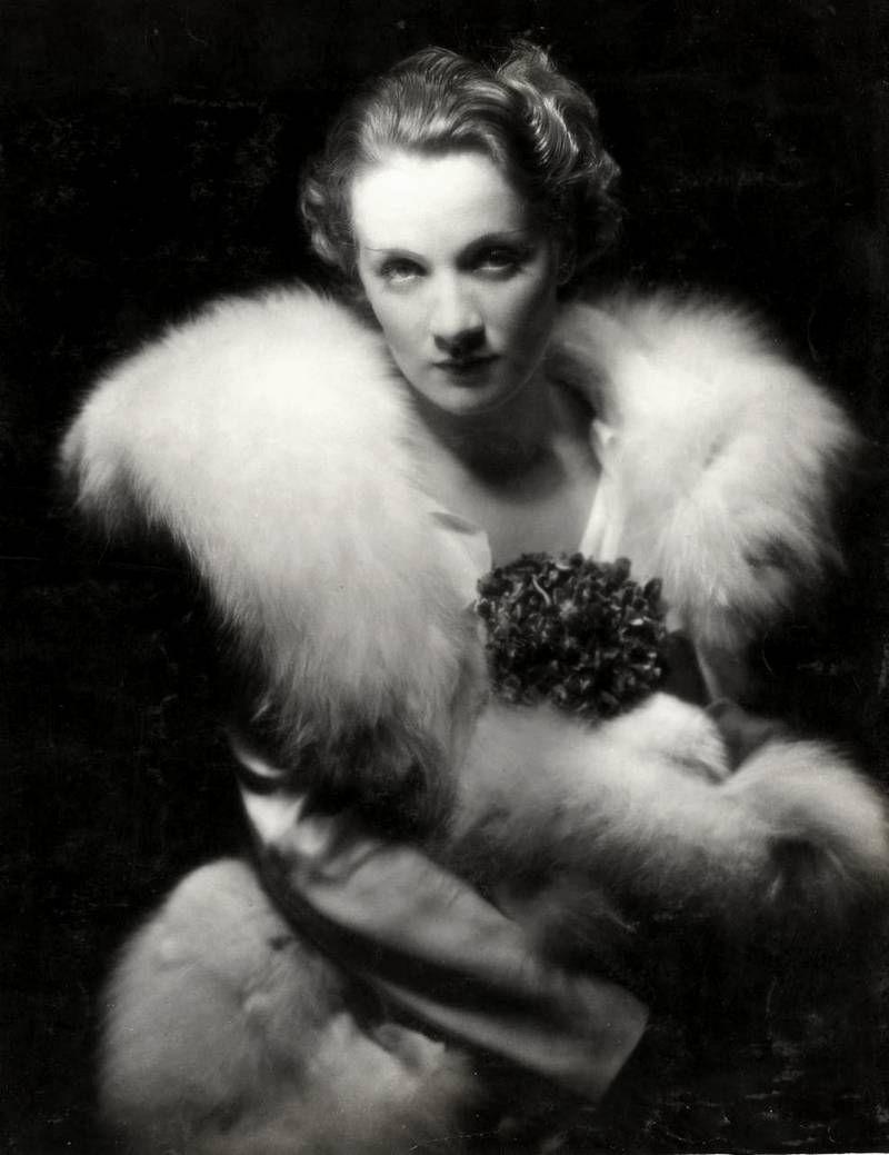 Marlene Dietrich 1931 Vintage Life Pinterest Marlene Dietrich # Muebles Pubal Lieres