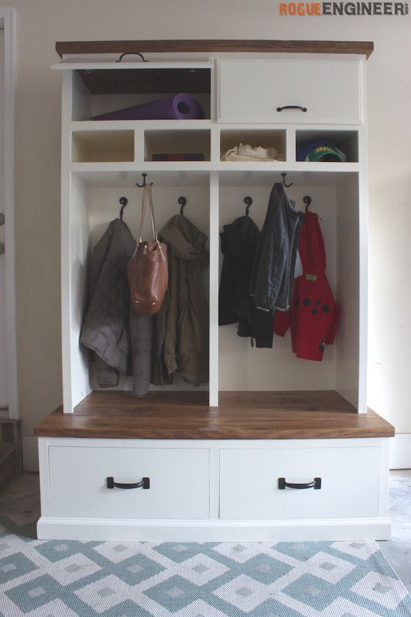 Mudroom Lockers with Bench { Free DIY Plans } | Mudroom and Lockers