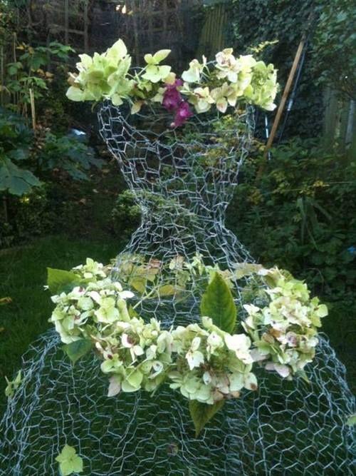 Chicken wire dress form floral design