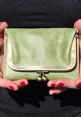 cd695687 Evanna+Clipframe+Wallet+in+Apple+Green+and+Floral+Inside   Asos ...