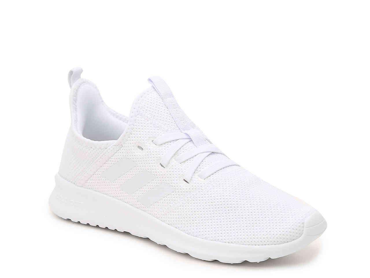 White nike shoes, White sneakers women