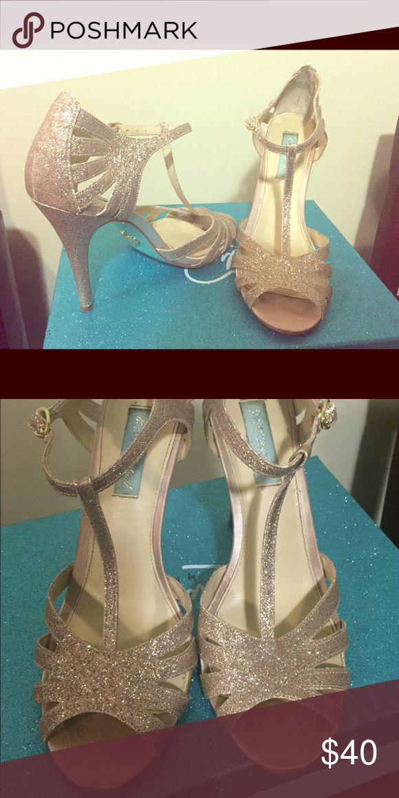 Betsy Johnson Gold Heels Glittery gold heels. Only worn twice. Betsey Johnson Shoes Heels