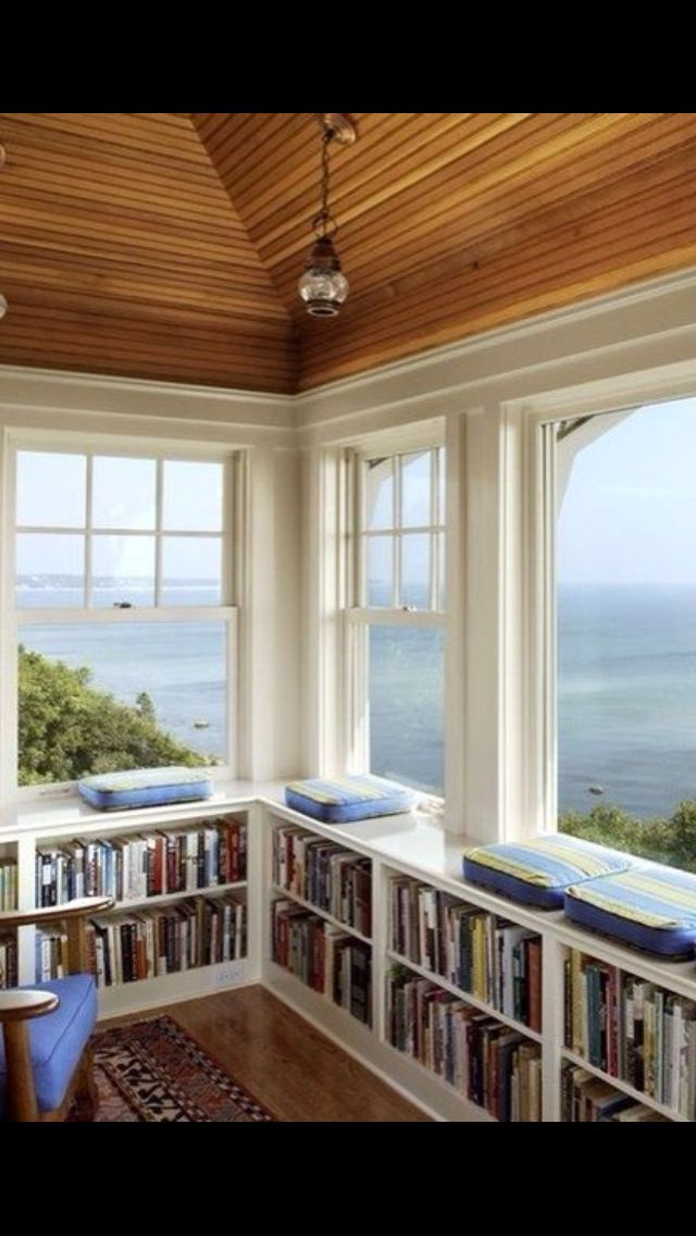Classic Home Library Design: Book Shelves - So Lovely And Classic