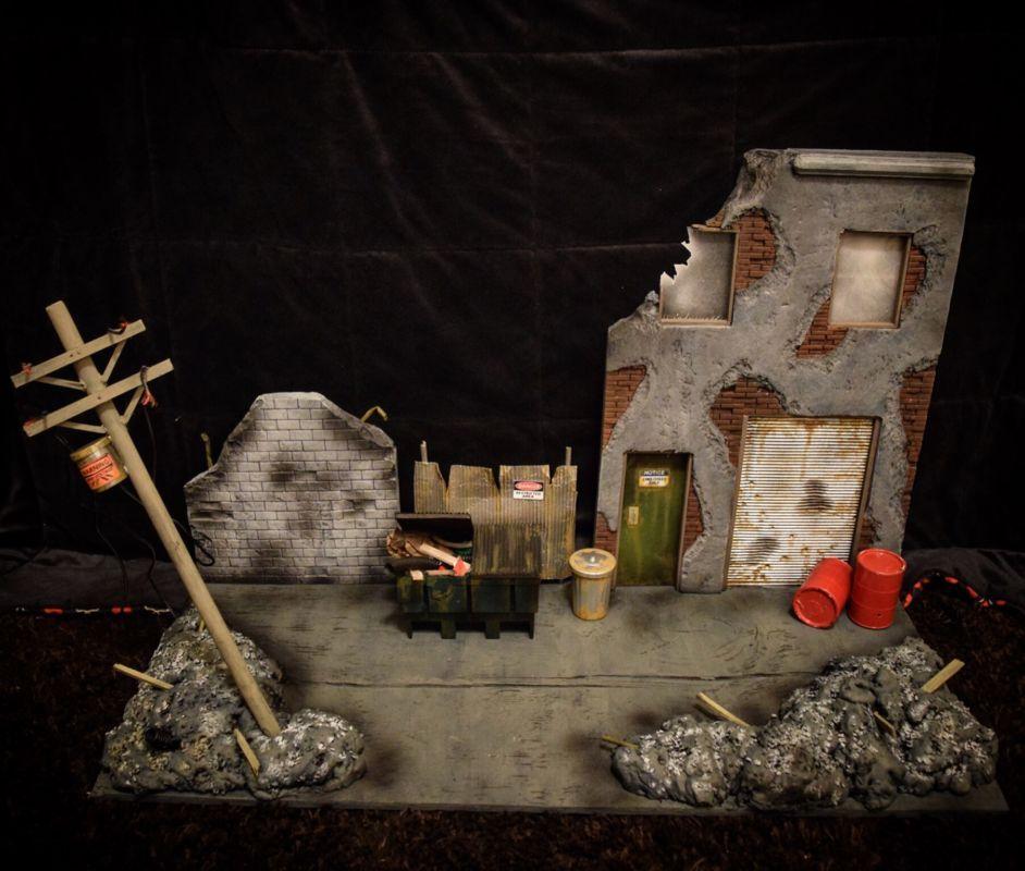 1/12 scale custom display diorama xmen war torn street (X