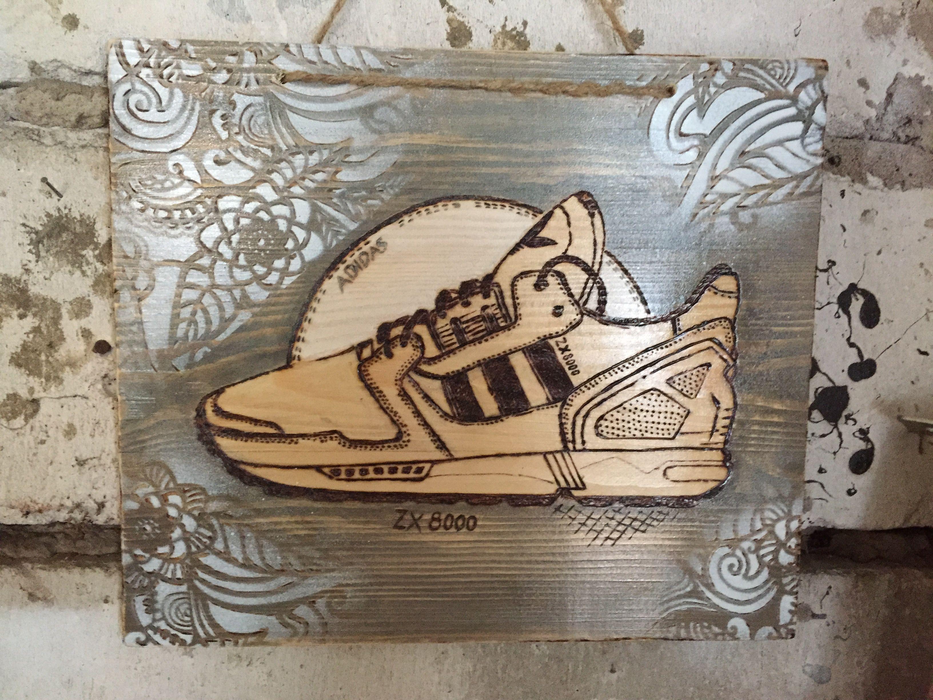 woodcarving #woodbranding #holzbrennen #brennpeter #sneaker #adidas