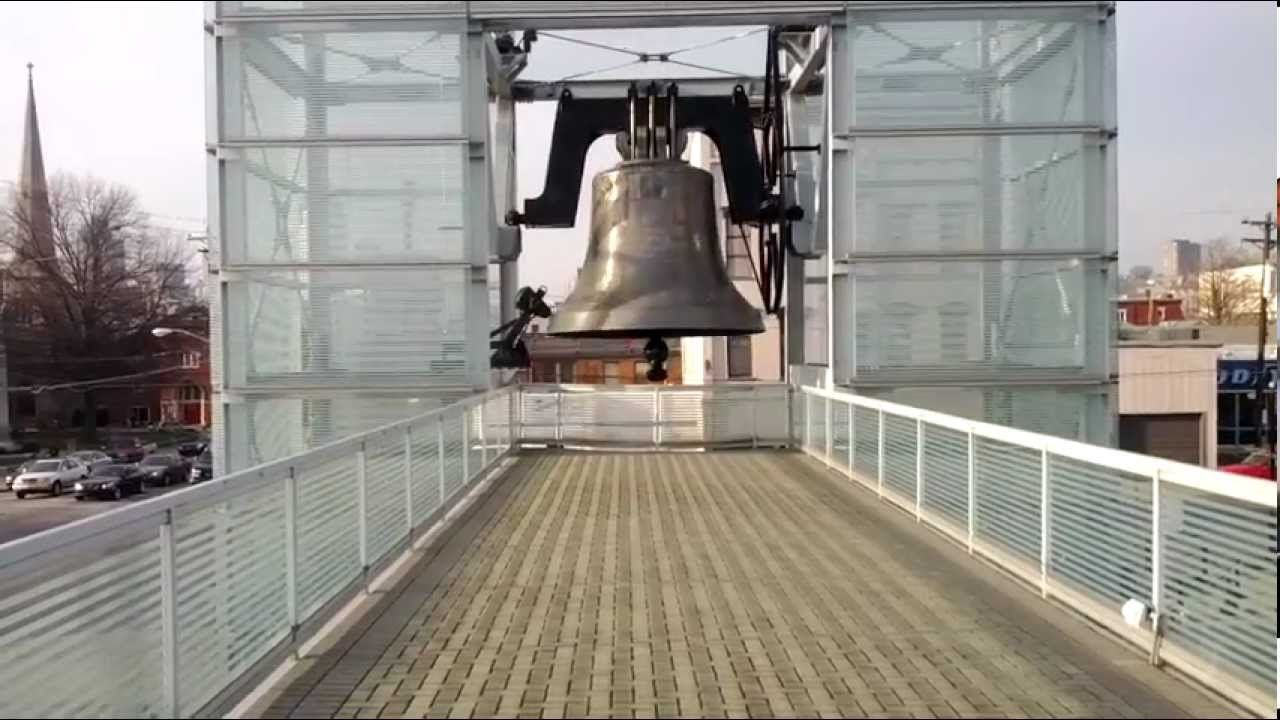 Wolrd Peace Bell Newport Ky The Worlds Largest Single