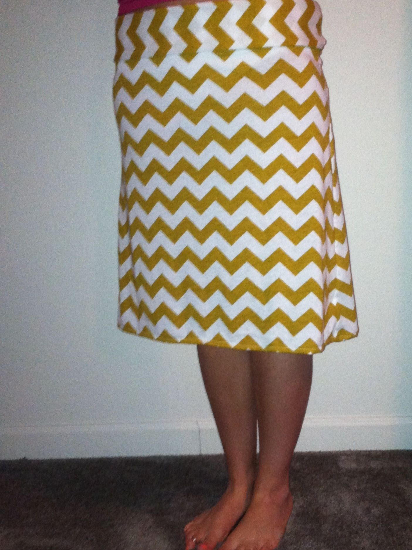 Mustard yellow and white chevron knee length maxi skirt | Clothing ...