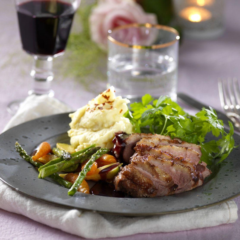 Stekt ankbröst med rödvinssås | Recept i 2020 | Fransk mat
