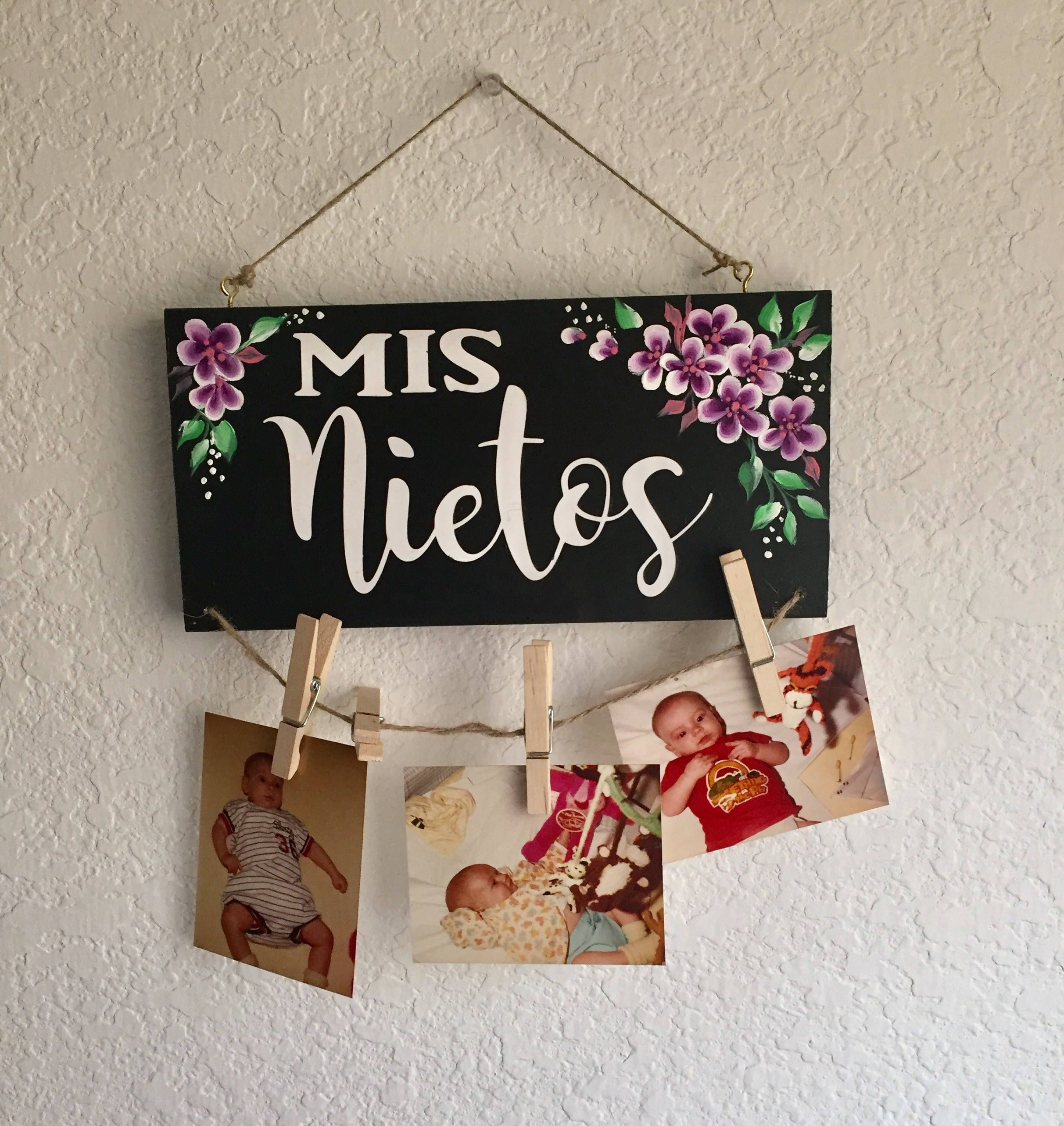 Mis Nietos sign,Grandchildren sign,Sign for abuela,Abuela,Abuelos,Grandparents gift,Grandmother sign,Mothers Day gift,Regalos para Abuelos