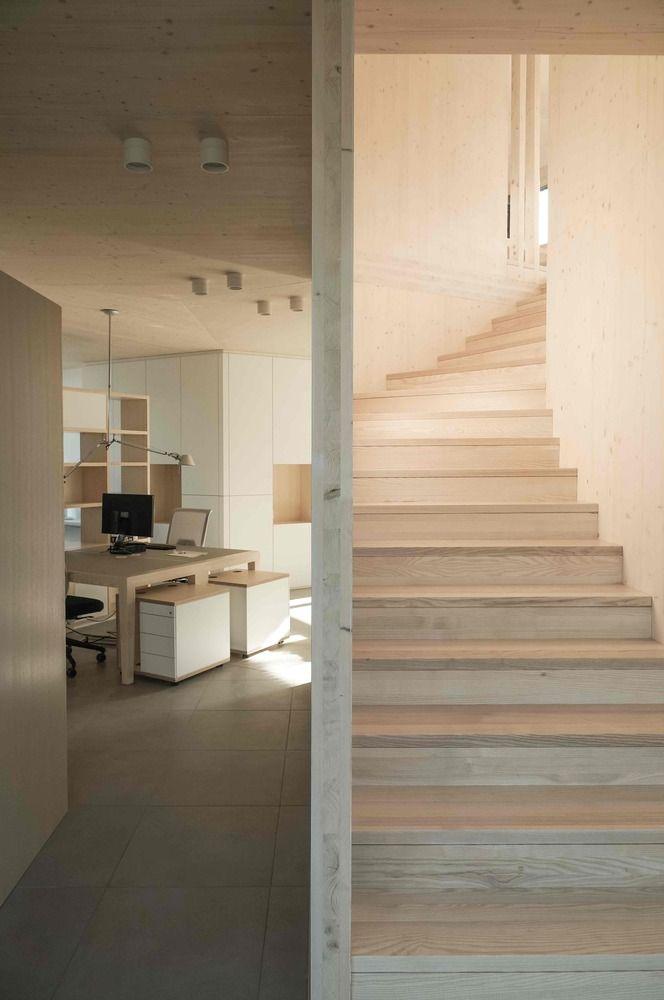 Gallery of 52 Cubic Wood   JOSEP + Atelier Haumer - 5 Escalera