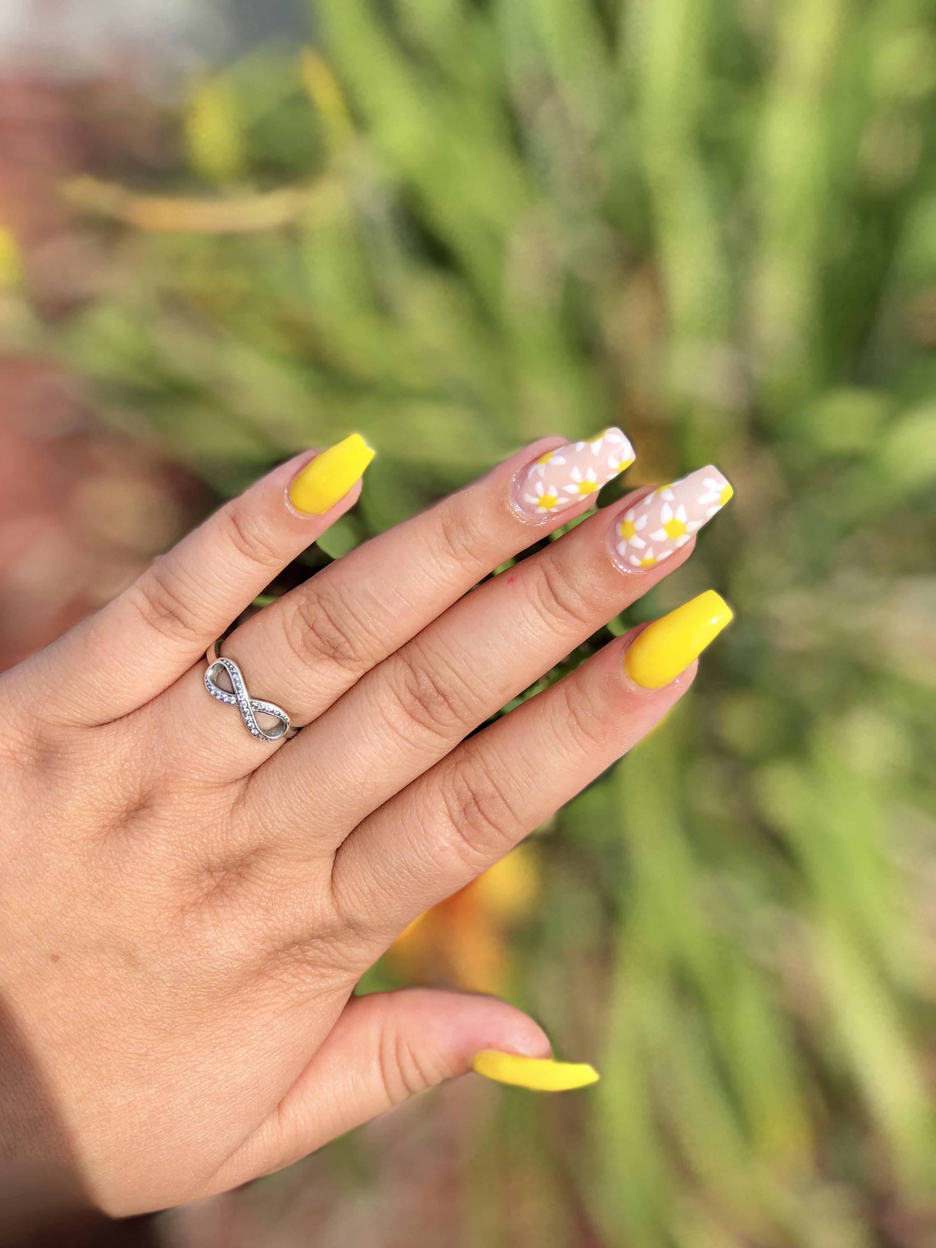Yellow Flower Nails Flower Nails Flower Nail Designs Yellow Nails