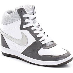 Trampki I Sneakersy Na Wiosne I Lato Sneakers Nike I Trendy