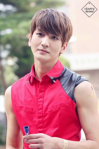 LU:KUS Donghyun