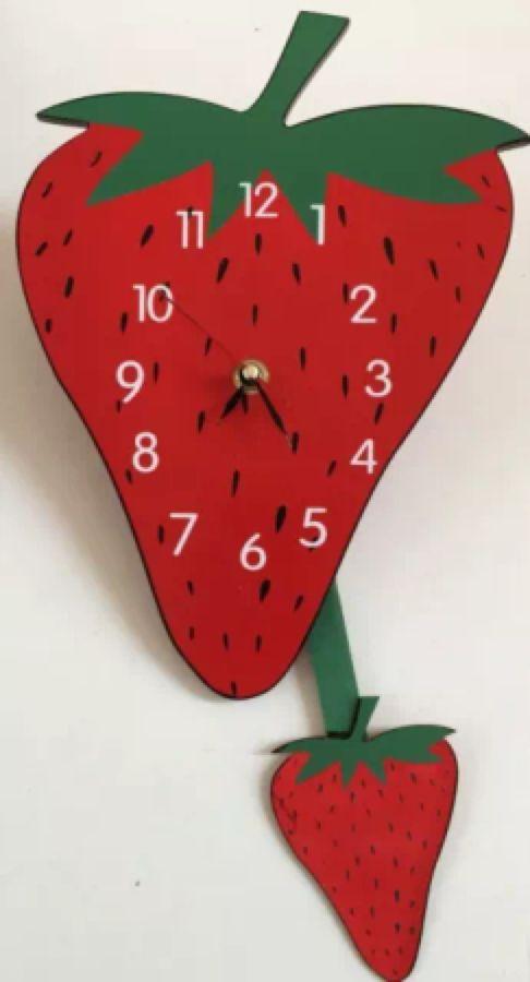 strawberry pendulum wall clock | Fresas | Pinterest | Erdbeeren