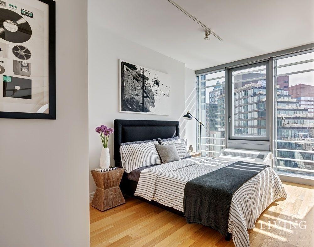 2 Bedrooms 1 Bathroom Apartment for Sale in Midtown West ...