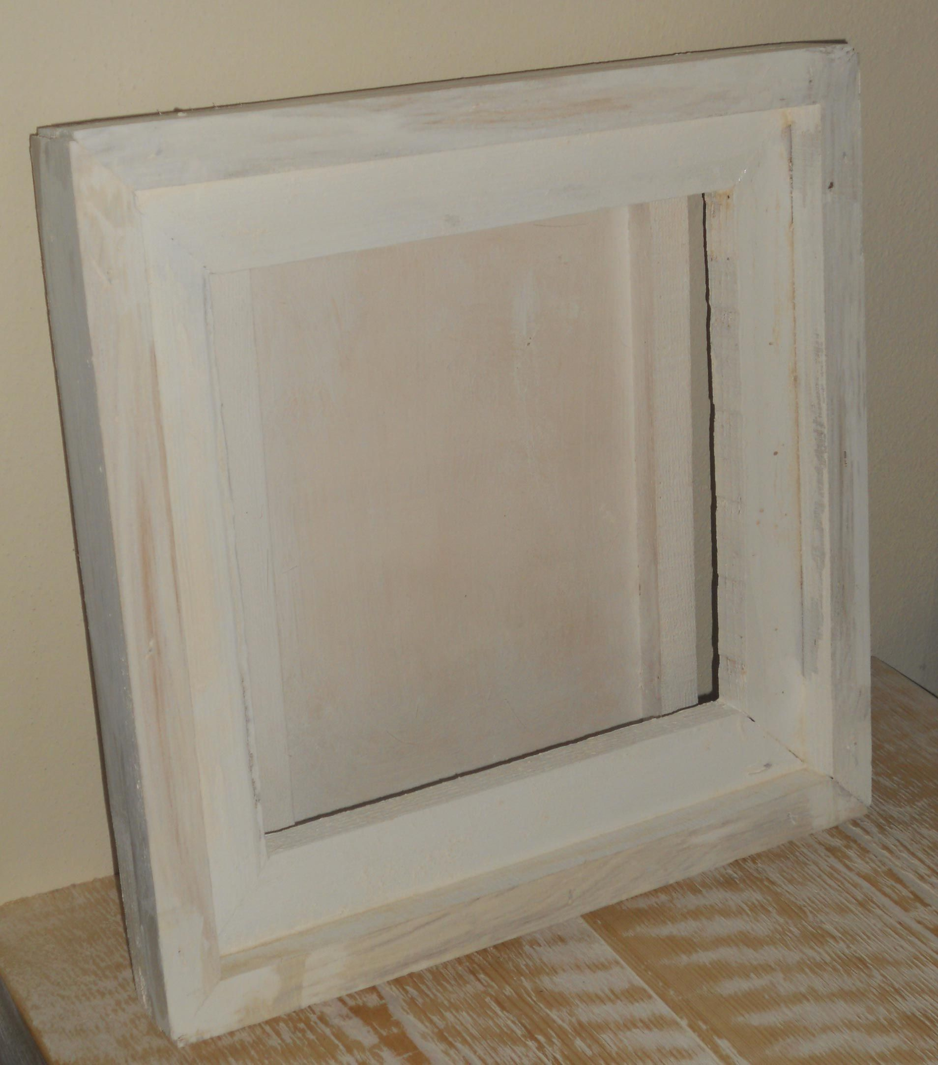 frames raw wood painted in different colors Legno grezzo