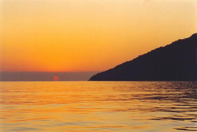 Sunrise; by Sergio de Garcia, via Flickr